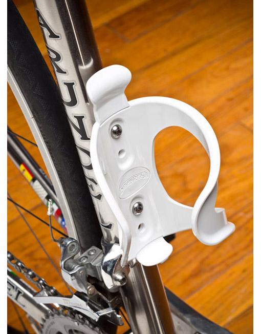 Flip-Flop-wht-rt-on-bike-large